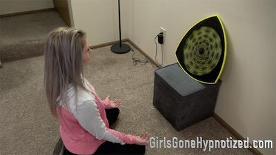 Wife gets hypnotized